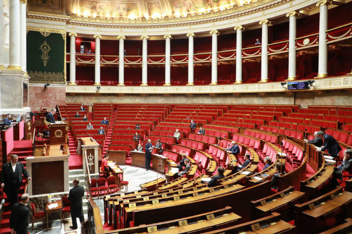 Les premières mesures de la loi climat et résilience votées à l'assemblée nationale